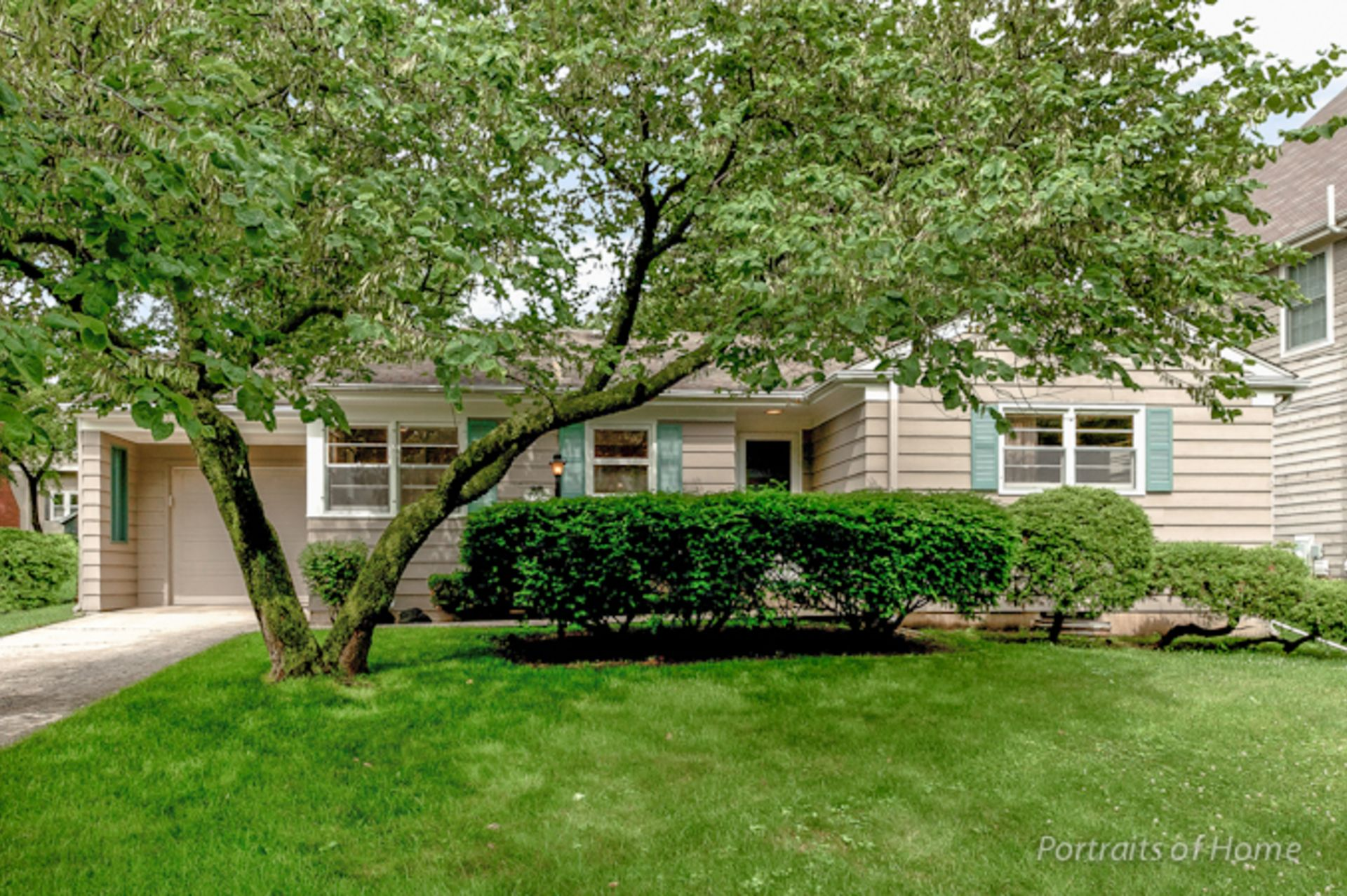 Just Listed! 488 Taylor Avenue, Glen Ellyn, IL