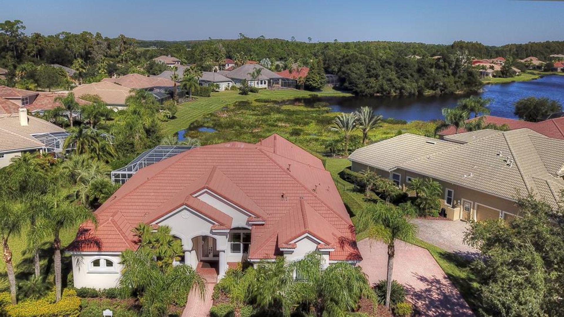 SOLD – 11905 Royce Waterford Circle, Tampa, FL  33626