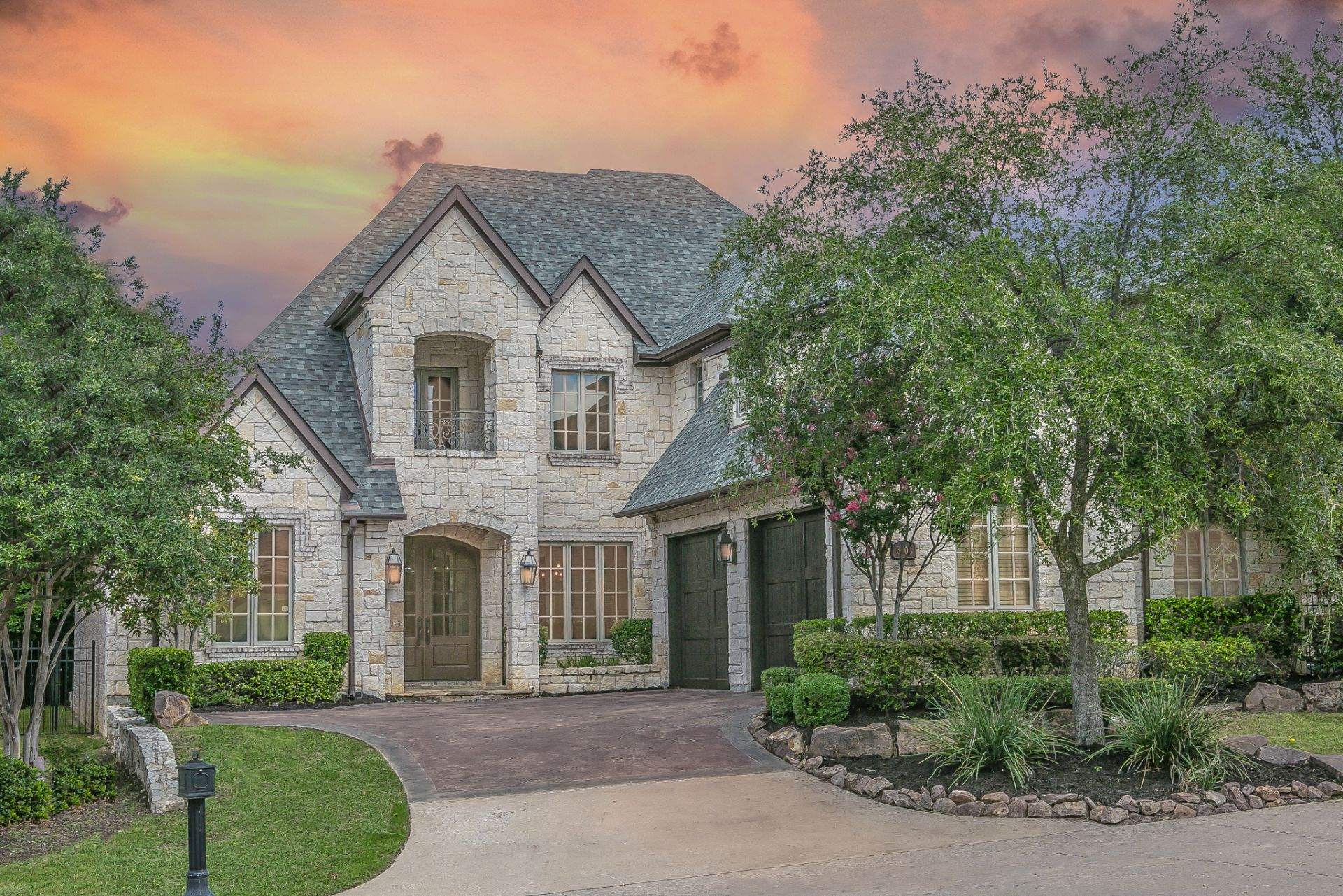 6304 Avalon Woods Dr For Lease