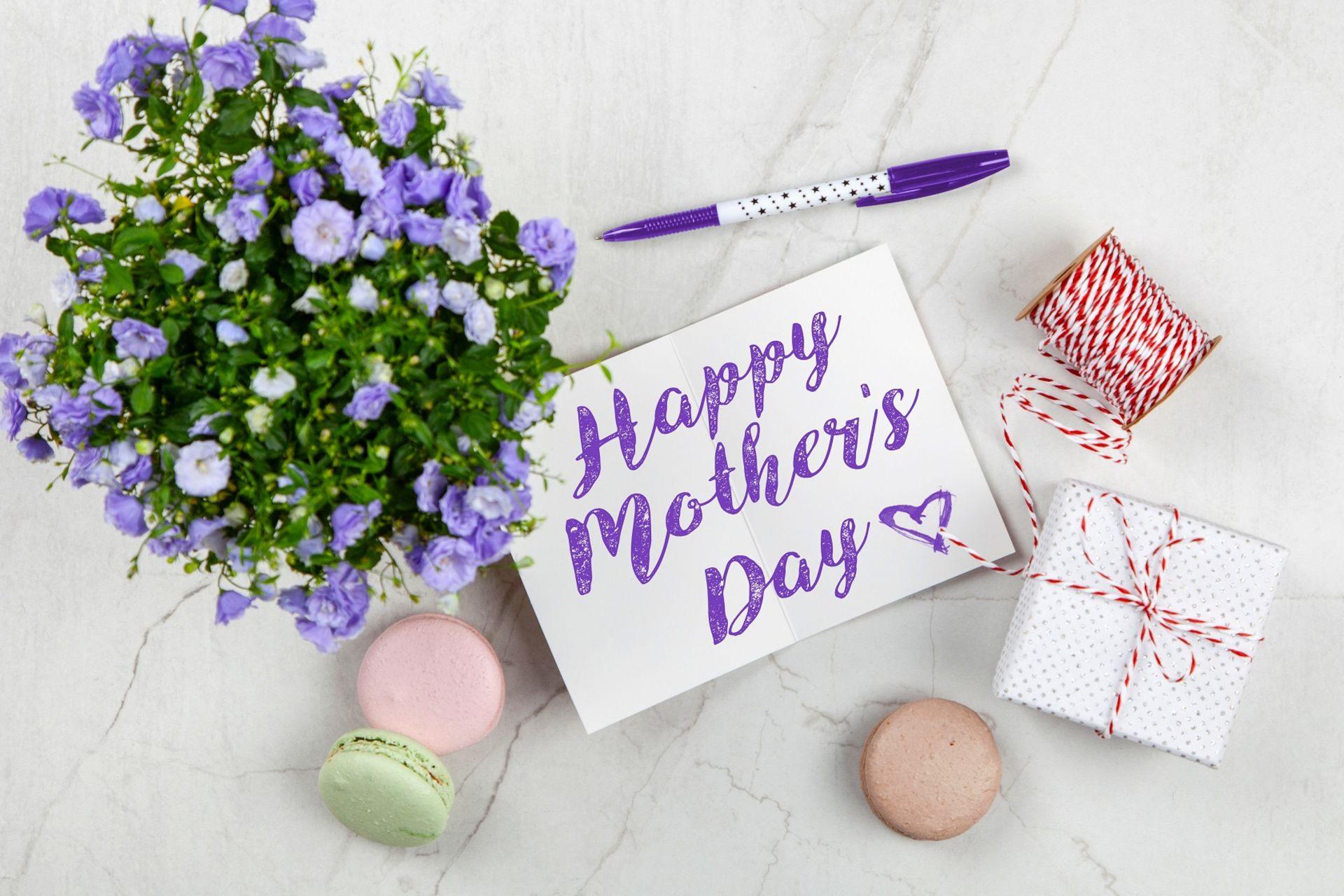Show Mom Some Love!