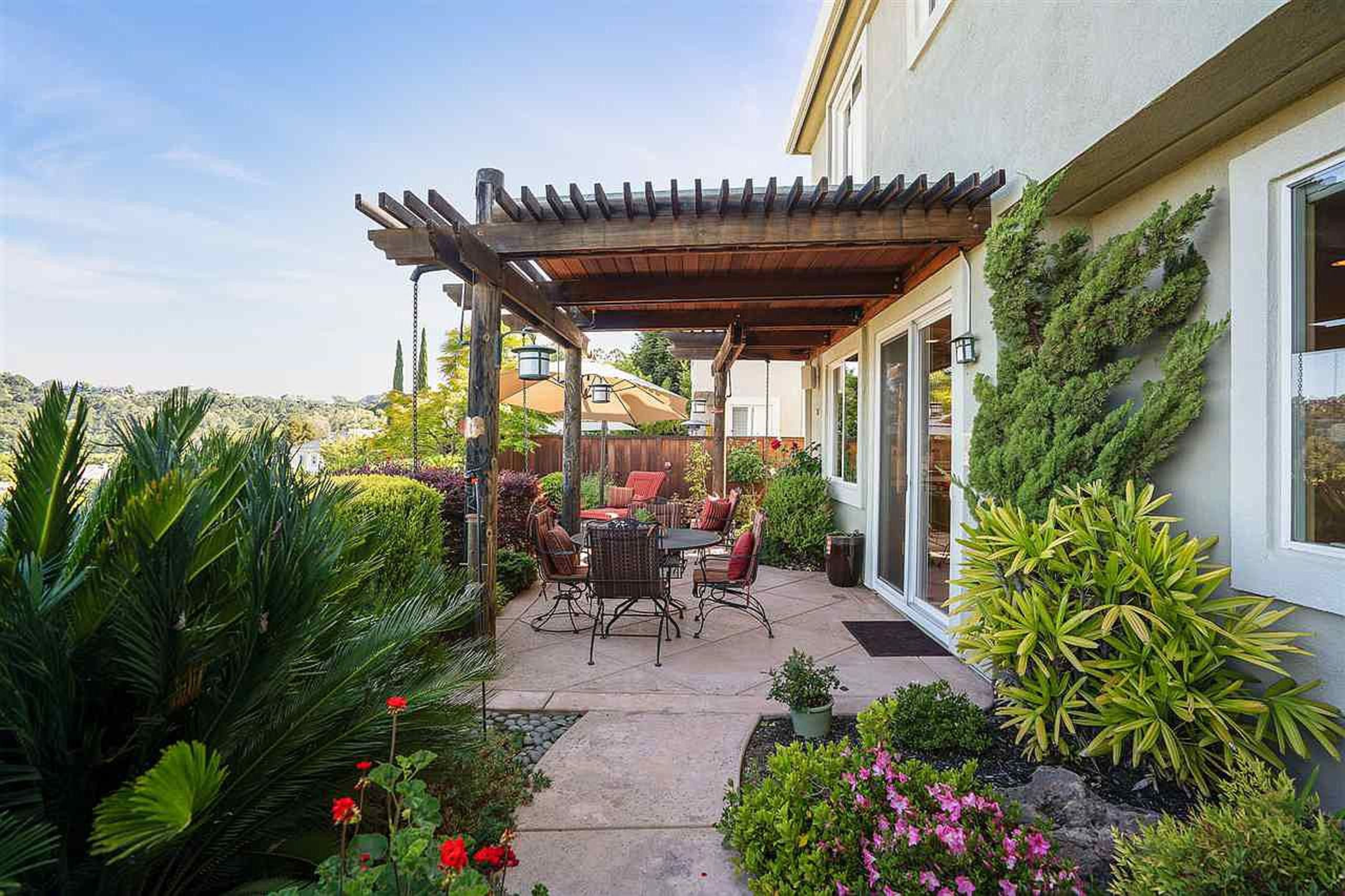 pleasant hill - the art of real estate