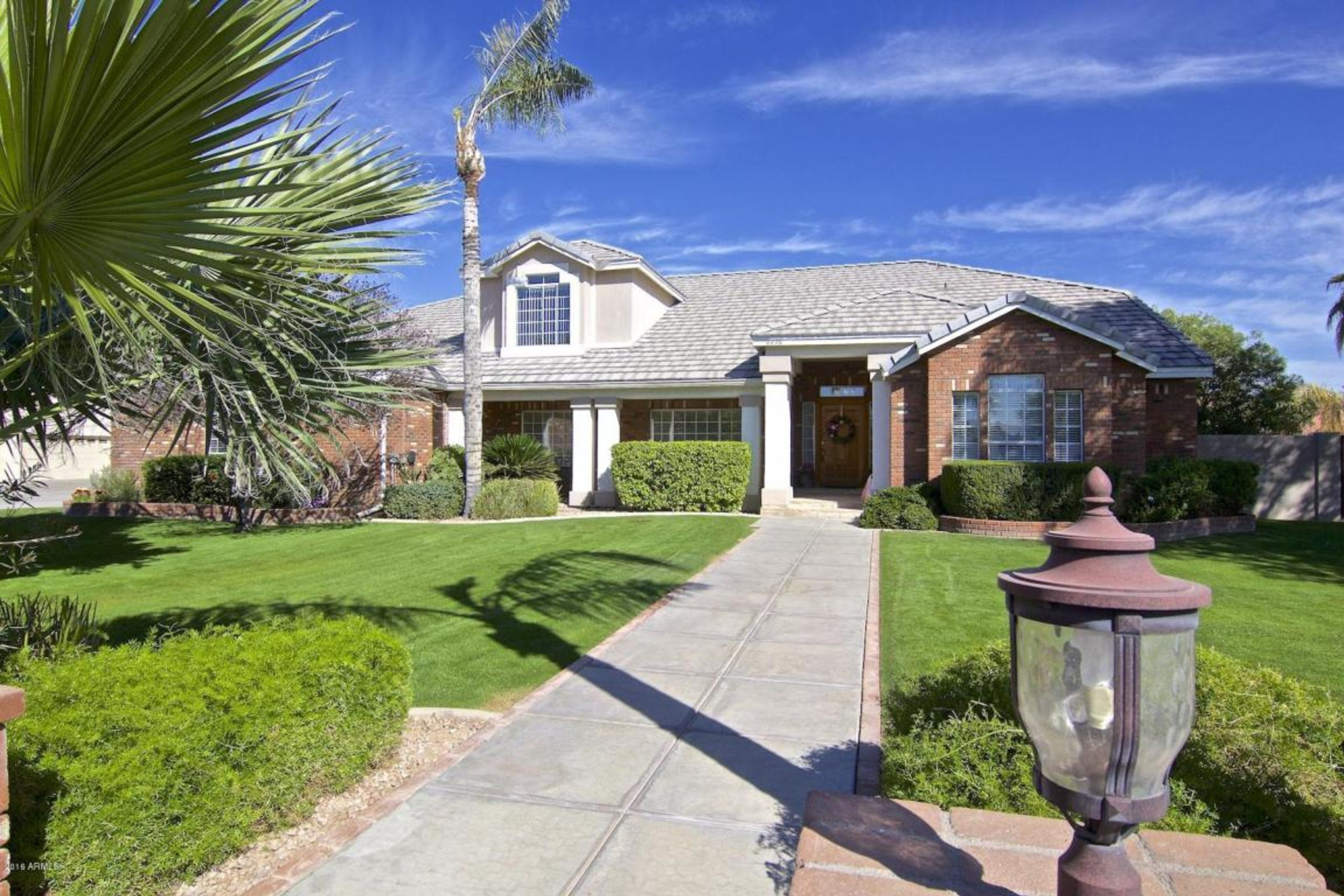 Chandler Home For Sale with Pool, 437 E Tonto Pl.