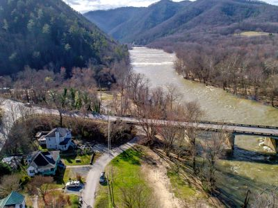 Directly bordering the French Broad River & Appalachian Trail