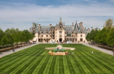 Asheville Must-See: Spring Blooms at Biltmore!