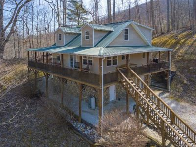Just Sold! Private Custom Home in Green Mountain