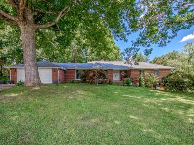 Candler | Delightful 3100 SF Home with Park-Like Setting on 2.3 Acres
