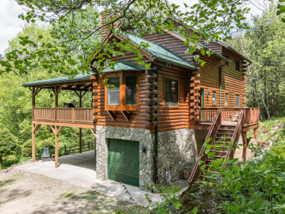MAGGIE VALLEY! Exceptional Cabin w/ Sunset Views