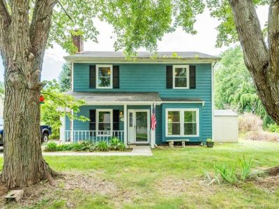SOLD! Cheerful 2 Story Home in west Asheville