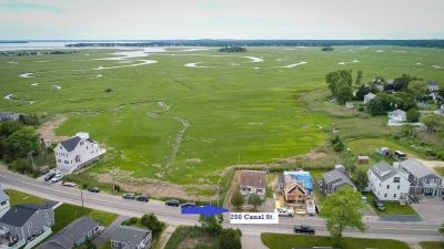 Walk to Green Harbor Beach: Open House at 250 Canal Street Marshfield, Sunday, 7/14, 2 – 4 PM