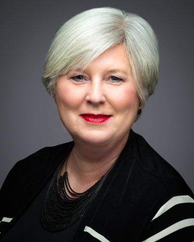 Lynne Riddell