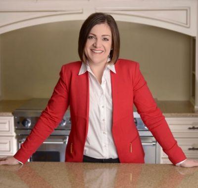 Amanda DeLong, Real Estate Professional