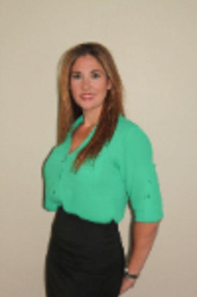 Kelli Duenas - Broker and Notary