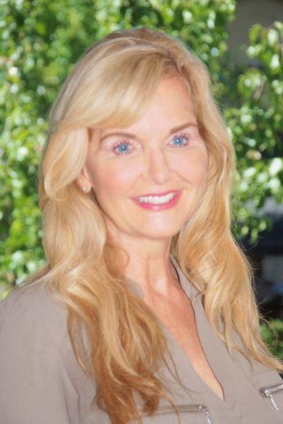 Monica Benham<br>CA DRE#01303224