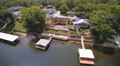 Waterfront Lake Taneycomo Home with Private Boat Dock