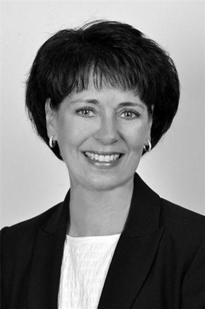 Laurie DeWar