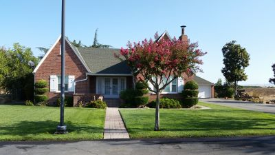 HOME FOR RENT IN FARMINGTON CA!!!!