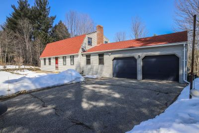 9 Redcoat Lane Sanford, ME 04073