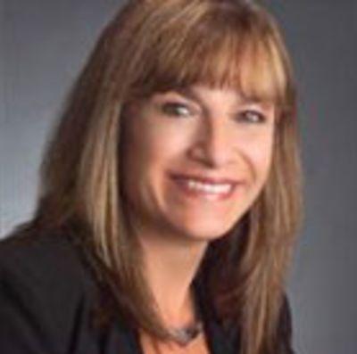 <b>Cindy Stewart<b>
