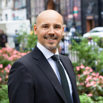 <strong>Massimo Paternoster, Esq.</strong><br>Licensed Associate Real Estate Broker