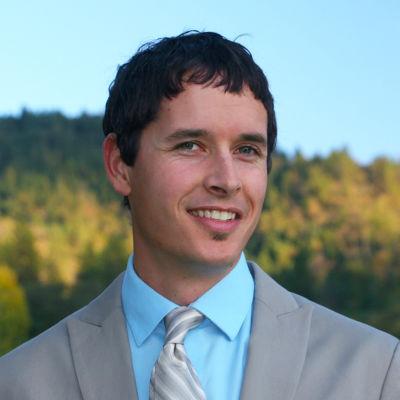 John Steinbergs, Principal Broker, MM