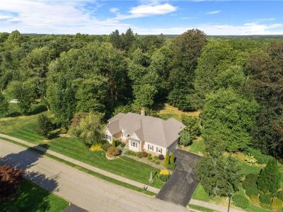 Barrington, RI – Lion's Head Neighborhood: Exquisite Executive Ranch