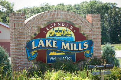 Community Information: Lake Mills, WI