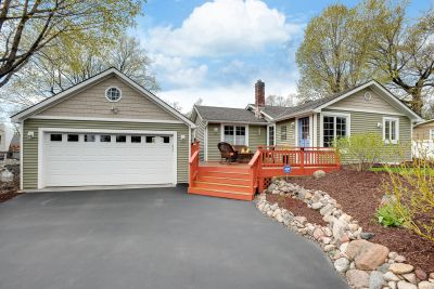 Pending – Beautiful Home For Sale 5125 Windsor Road, Mound MN