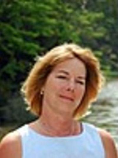 Donna Erwin, Broker/Owner