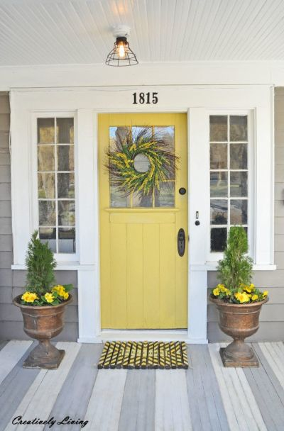 Curb appeal sells homes. Follow these simple tips and add instant curb appeal.