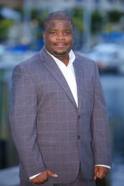 Eddie Bell Jr., Broker Associate