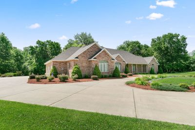 Bolivar Home For Sale With Open Floor Plan!