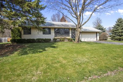 JUST SOLD! 3 Bedroom Ranch Close to Lake, Shopping and Schools | 536 High St, Walworth WI