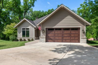 New Listing! 4BR, 3BA Ranch with Finished Walk-out Lower Level in Geneva National | 1570 Prestwick Dr, Lake Geneva WI
