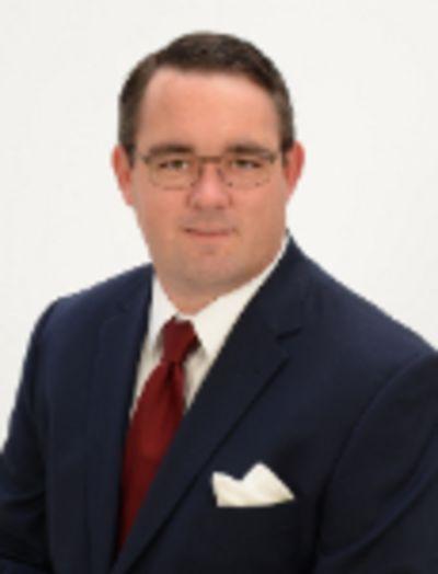 Robert J Avery