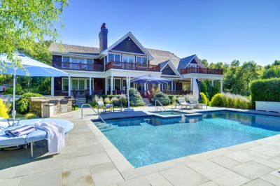 Buy and Sell This Summer – Here's Why!