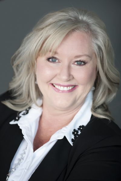 Kimberly Windle<br>Lead Agent<br>Amber Waves Real Estate Group