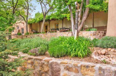 CURRENT MARKET STATS: Santa Fe's historic east side
