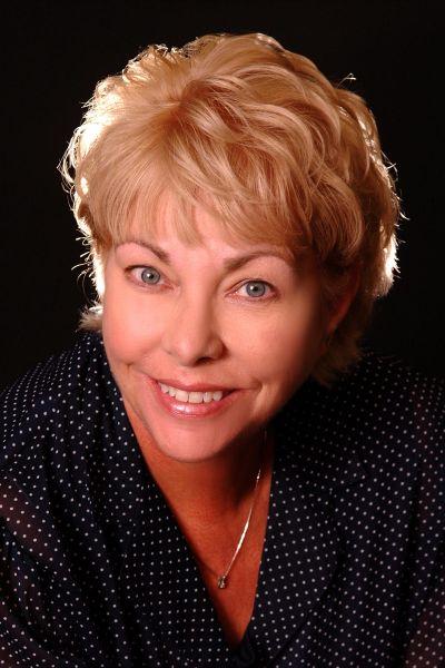 Carol Bullock-Puckett-RB58604648