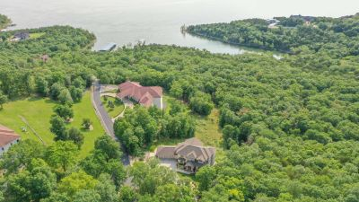 Luxury Lake Property – Table Rock Lake