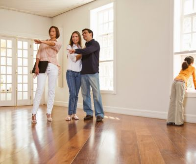 Advice to Home Sellers – Don't Hover!