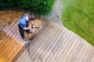 How to Clean the Exterior of Your Home