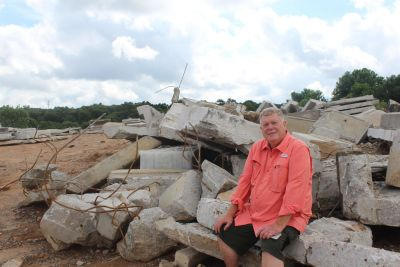 From rubble to relics: Landfill owner to make souvenirs for UGA alumni, fans