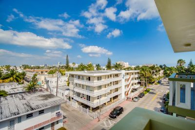 New Listing: 851 Meridian Ave Unit 52, Miami Beach
