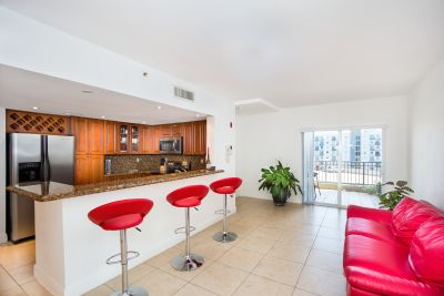 Featured Lease: 120 SW 37th Ave 602, Coral Gables
