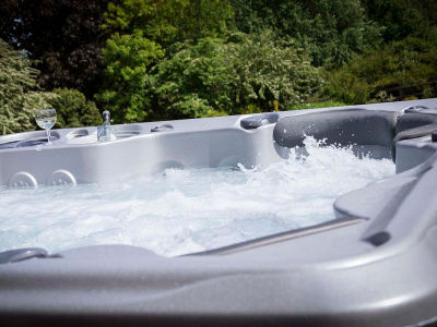 ​Hot Tub Purchasing Tips