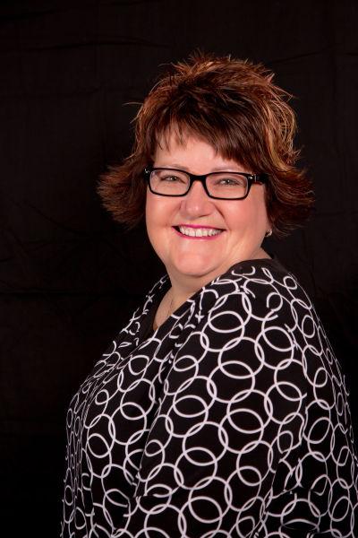 Carol  Holthaus