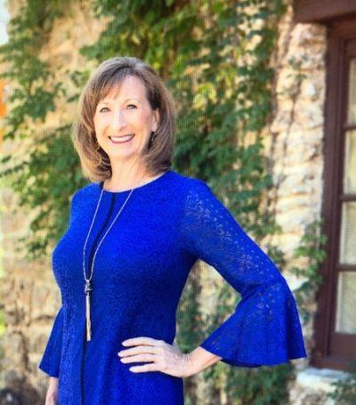 Tina Hearne Broker GRI, TCU Grad/M.S. in Communication