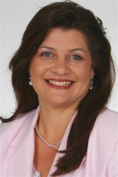 Rosemarie McGeehan, Broker-Manager