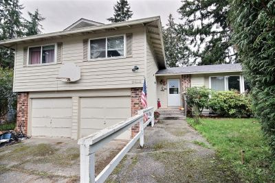 Federal Way- Twin Lakes Split-level