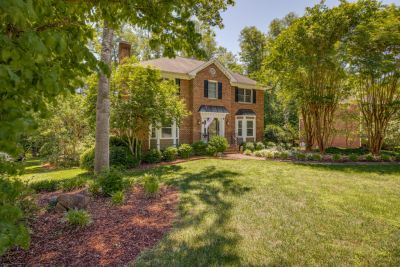 JUST LISTED! 7100 Orchard Path Drive, Clemmons